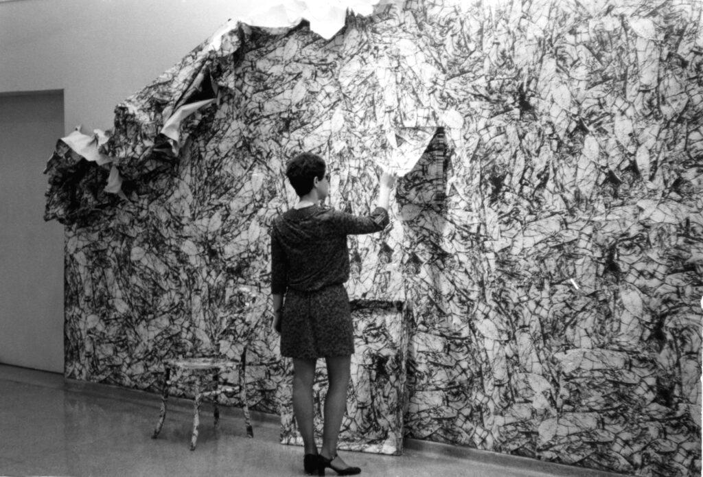 Wrinkle Environment I, 1969