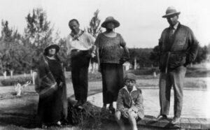 Olivia Guedes Penteado, Blaise Cendrars, Tarsila do Amaral, Oswald de Andrade hijo y Osvald de Andrade, Viaje a Minas Gerais, 1924