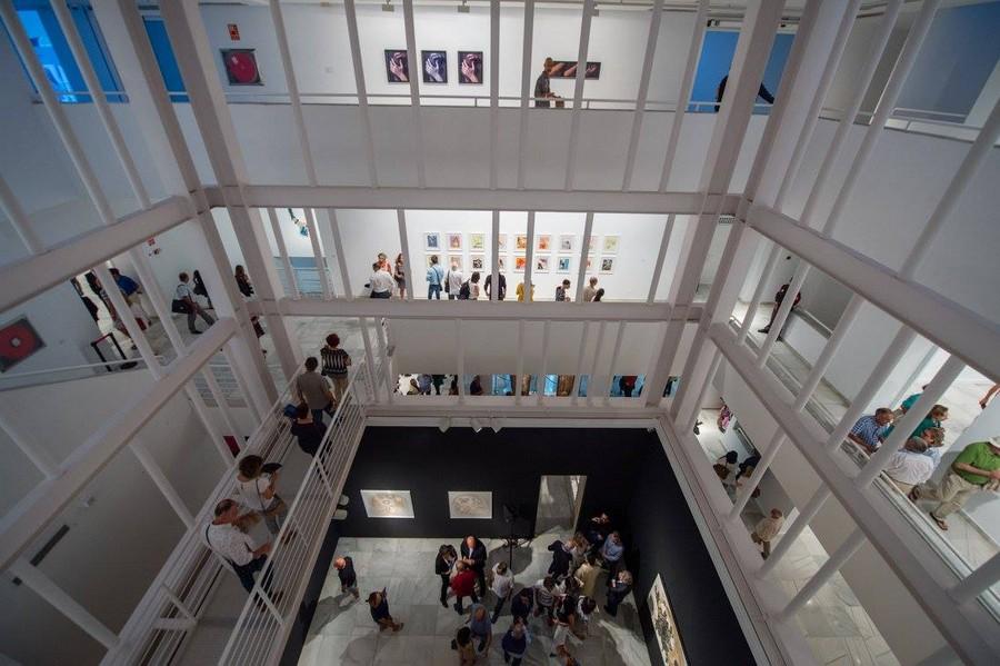 Vista de la exposición durante una visita guiada