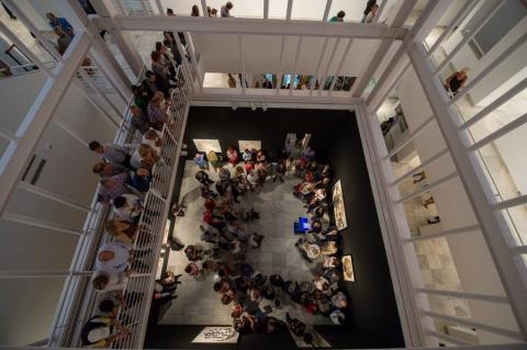 Vista de la inauguración de la exposición